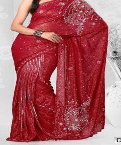 Sari 1 - Sari bordeaux avec plis déjà fait et tissu pour bustier. Broderies argentées au niveau de l'épaule et plis